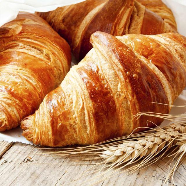 Cornetto e Croissant: il migliore modo di iniziare la giornata