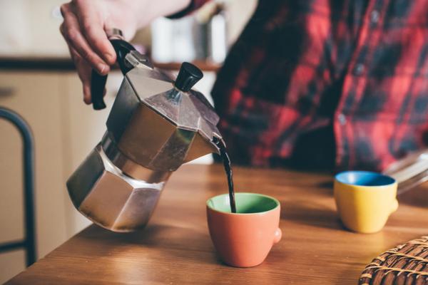 Come preparare caffè con la moka: mini guida